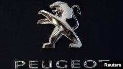 Peugeot логотипи.
