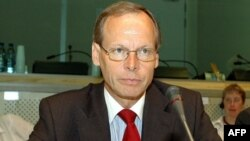 پيرتی تورستيل، يک مقام وزارت امور خارجه فنلاند