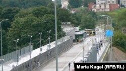 Пограничный мост, связывающий эстонскую Нарву и российский Ивангород