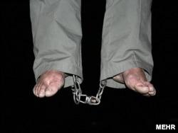 Дарға асылған адам. Тегеран, 5 қаңтар 2010 жыл. (Көрнекі сурет)
