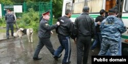 Полицейский рейд против нелегальных мигрантов