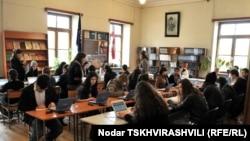 Экзамены в Тбилиси. Архивное фото