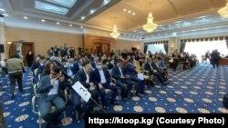 Аъзои порлумони Қирғизистон. 21-уми октябри 2020