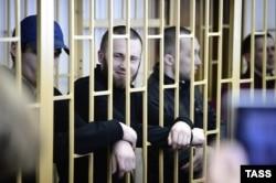 """""""Приморские партизаны"""" в суде, апрель 2014 года"""