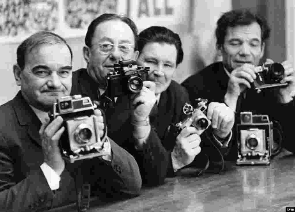 TASS photojournalists in 1962