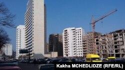 Теперь Лаша Абашидзе, занимавший до сегодняшнего дня должность гамгебели тбилисского района Ваке, может вернуться в кабинет повыше и занять пост вице-мэра грузинской столицы, который стал вакантным лишь накануне
