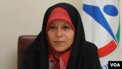 فائزه هاشمی، عضو شورای مرکزی حزب کارگزاران،