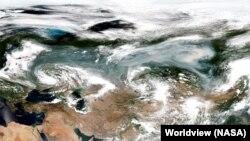 Архива: Сателитска снимка од шумските пожари во Сибир 23.07. 2016