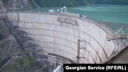 По словам директора ИнгуриГЭС, пока для Грузии есть какой-то экономический смысл в содержании станции, но если потребление будет расти такими темпами и не будут поступать средства от отпущенной электроэнергии, то ситуация дойдет до критической точки