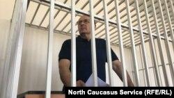 "Глава правозащитного центра ""Мемориал"" в Грозном Оюб Титиев"