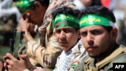 Сили безпеки Іраку і шиїтські добровольці збирають в Самаррі перед наступом на Тікріт, 5 березня 2015 року