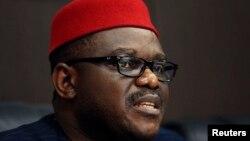 اونیهبوچی چوکوو، وزیر بهداشت نیجریه (در تصویر)، گفته است از ۷۰ نفری که طی روزهای گذشته تحت نظر بودهاند، هشت نفر قرنطینه شدهاند