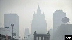Moscova sub fumul incendiilor