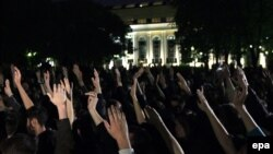 """Путиннің биліктен кетуін талап еткен """"OccupyAbai"""" қарсылық шарасы. Мәскеу, 15 мамыр 2012 жыл."""