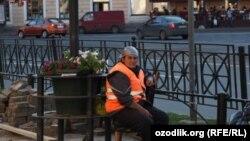 Работница-мигрантка в Петербурге