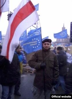 Міхаіл Жызьнеўскі на майдане ў Кіеве