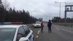 """Полиция остановила автоколонну """"Альянса врачей"""", когда те везли средства защиты новгородским медикам"""