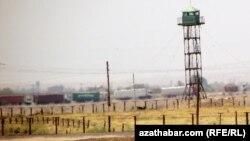 Граница между Туркменистаном и Ираном