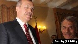 Реджеп Эрдоган и Мустафа Джемилев беседуют в Ялте. Сентябрь 2012 года