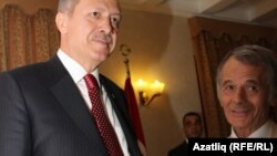 Премьер-министр Турции Эрдоган и бывший глава Меджилиса крымско-татарского народа Мустафа Джемилев