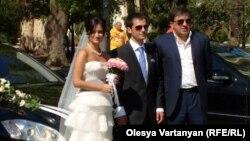 Абхазская свадьба – это такое грандиозное мероприятие, подготовкой к которому множество людей занято в течение нескольких месяцев