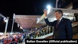 Сооронбай Жээнбеков III Дүйнөлүк көчмөндөр оюндары расмий ачылышында.