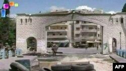 Захваченные боевиками-исламистами позиции в городе Джиср аль-Шугур, который контролировался сирийскими правительственными силами.