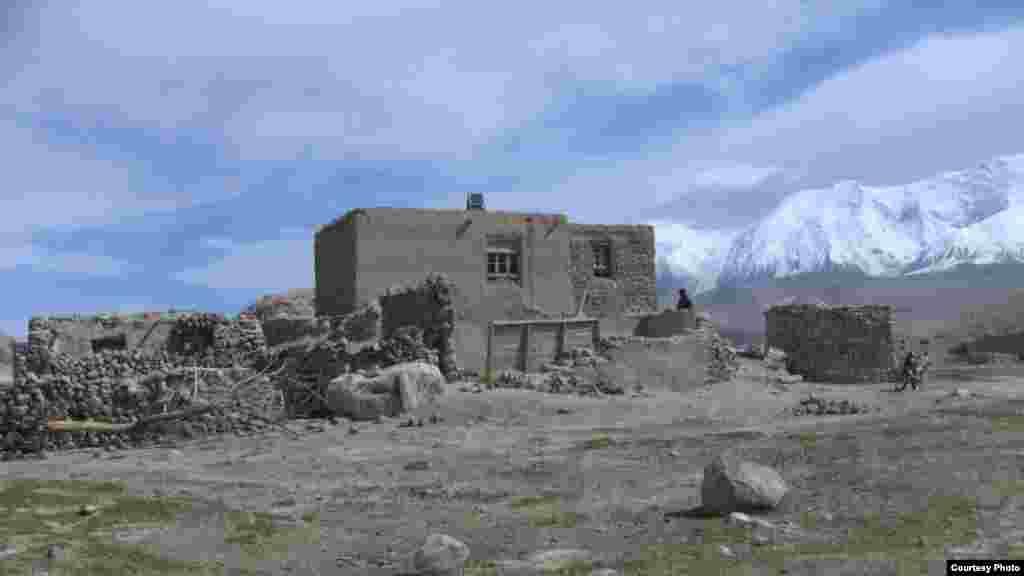 Фоторепортаж из Восточного Туркестана Жаныл Жусупжан и Франсуа Буэ