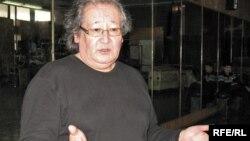 """""""Әлеуметтік араздықты қоздырды"""" деген айып тағылған театр режиссері Болат Атабаев."""