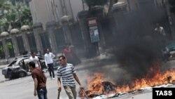 Nasilje na ulicama Kaira dan pre puča je odnelo 16 života