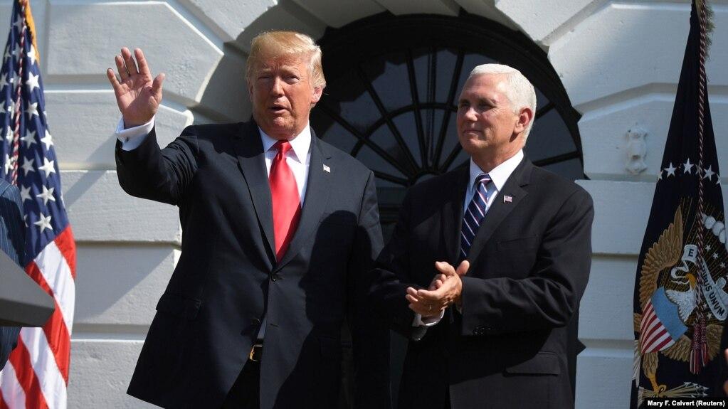 Presidenti amerikan, Donald Trump dhe nënpresidenti i SHBA-së, Mike Pence