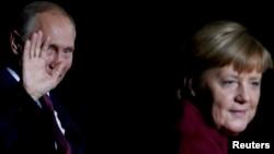 Лицом к событию. Берлинский формат: Донбасс или Сирия?