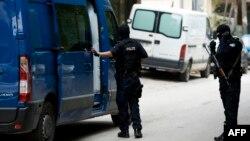 Pjesëtarë të Policisë së Kosovës gjatë një aksioni anti-terrorizëm (Foto nga arkivi)