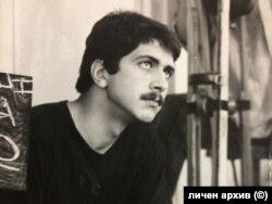 """Евгений Михайлов по време на снимките на """"Дом за нежни души"""", 1980 г."""