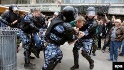 Rețineri în centrul Moscovei, de Ziua Rusiei