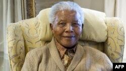 Нельсон Мандела, бывший президент ЮАР.