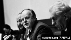 Мечыслаў Грыб, Станіслаў Шушкевіч і Ніл Гілевіч . Фота Ул. Сапагова