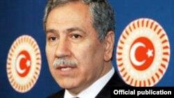 بولنت آرینچ، معاون نخست وزیر ترکیه