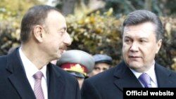Президент України Віктор Янукович та президент Азербайджану Ільгам Алієв
