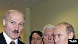 Александр Лукашенко - тяжелое наследство, доставшееся от Путина