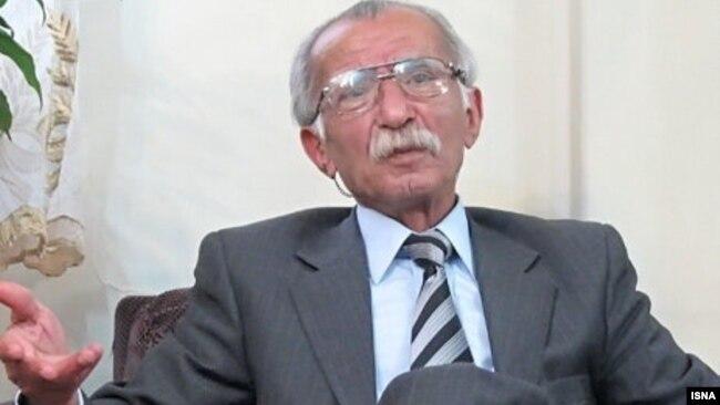 فیروز گوران، روزنامهنگار قدیمی و سردبیر روزنامه «آیندگان» در دهه ۵۰