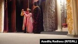 Lənkəran teatrının səhnəsi