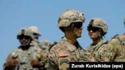 Pușcași americani la aplicațiile militare din Georgia