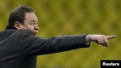 Новый главный тренер сборной России по футболу Леонид Слуцкий
