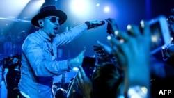 Чэрстэр Бэнінгтан на канцэрце Linkin Park, архіўнае фота