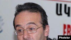 Հելսինկյան քաղաքացիական ասամբլեայի Վանաձորի գրասենյակի նախագահ, իրավապաշտպան Արթուր Սաքունց