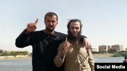 Бывший начальник ОМОНа Таджикистана Гулмурод Халимов (слева).