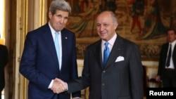 لوران فابیوس، وزیر امور خارجه فرانسه و جان کری، وزیر امور خارجه آمریکا