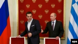 Оьрсийчоь -- Оьрсийчоьнан премьер-министр Путин Владимир (аьттоагIор), Грецин премьер-министр Ципрас Алексис, Кремлехь. Москох, 08Охан2015 шо.