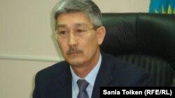 Жаңаөзен қаласының әкімі Серікбай Тұрымов. Жаңаөзен, 16 қараша 2012 жыл.
